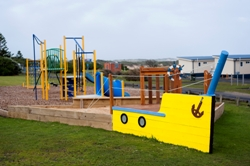 009_Playground_with_Sandpit_2